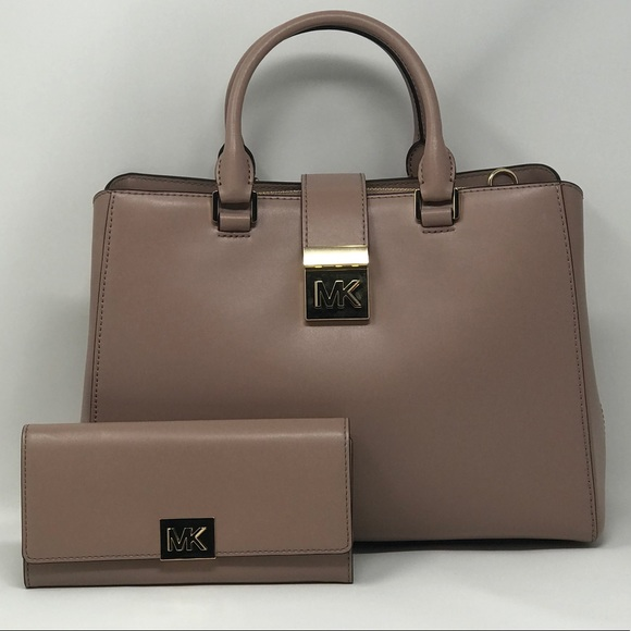 2527d62f582f Michael Kors Bags | Mindy Md Ew Satchel Carryall Wallet | Poshmark
